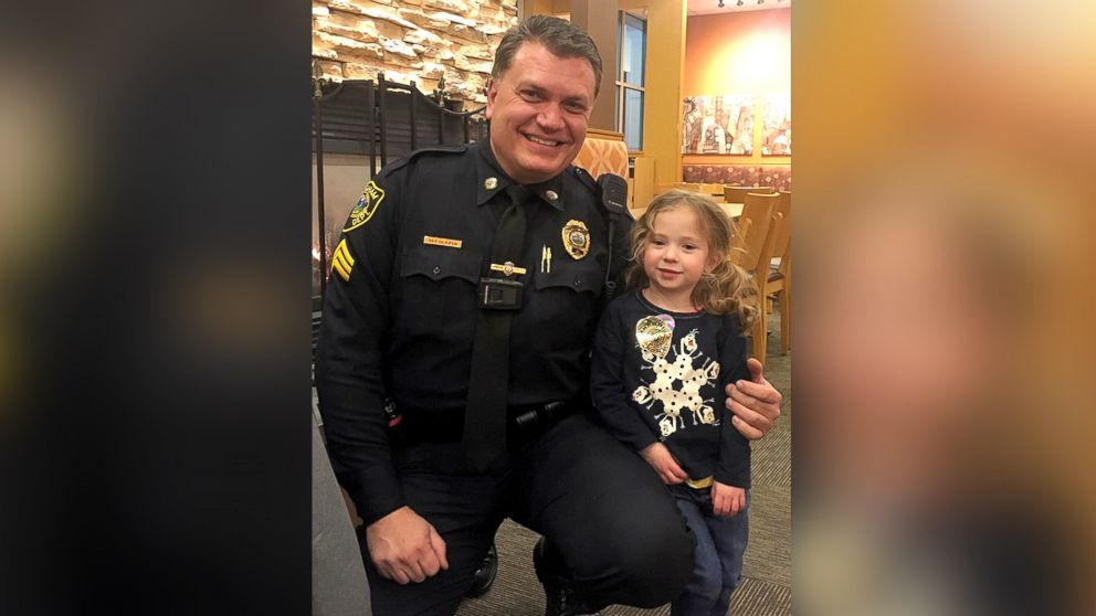 Police officer dines with 4-year-old girl in adorable video: https://t...