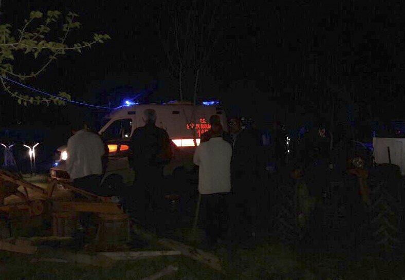 Adana'da silahlı saldırı: 5 ölü https://t.co/ujJ07K98Mg https://t.co/Z...