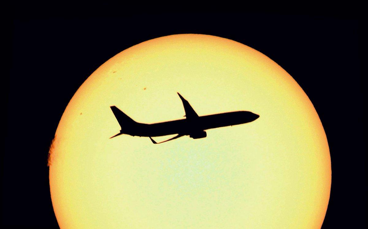 @ClimateDesk Climate Change ! photo/ @lebribri (france) #climate #carbon<br>http://pic.twitter.com/u1cuHNvYNZ