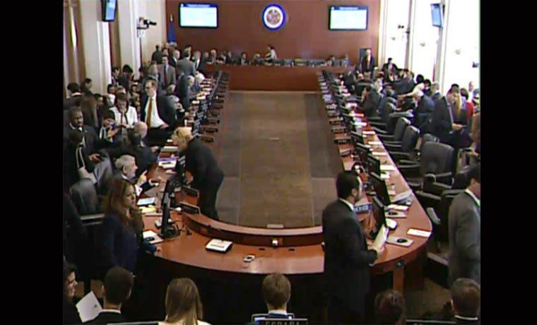 Almagro: #SesiónOEA no es injerencista ni se parece a un golpe de Esta...
