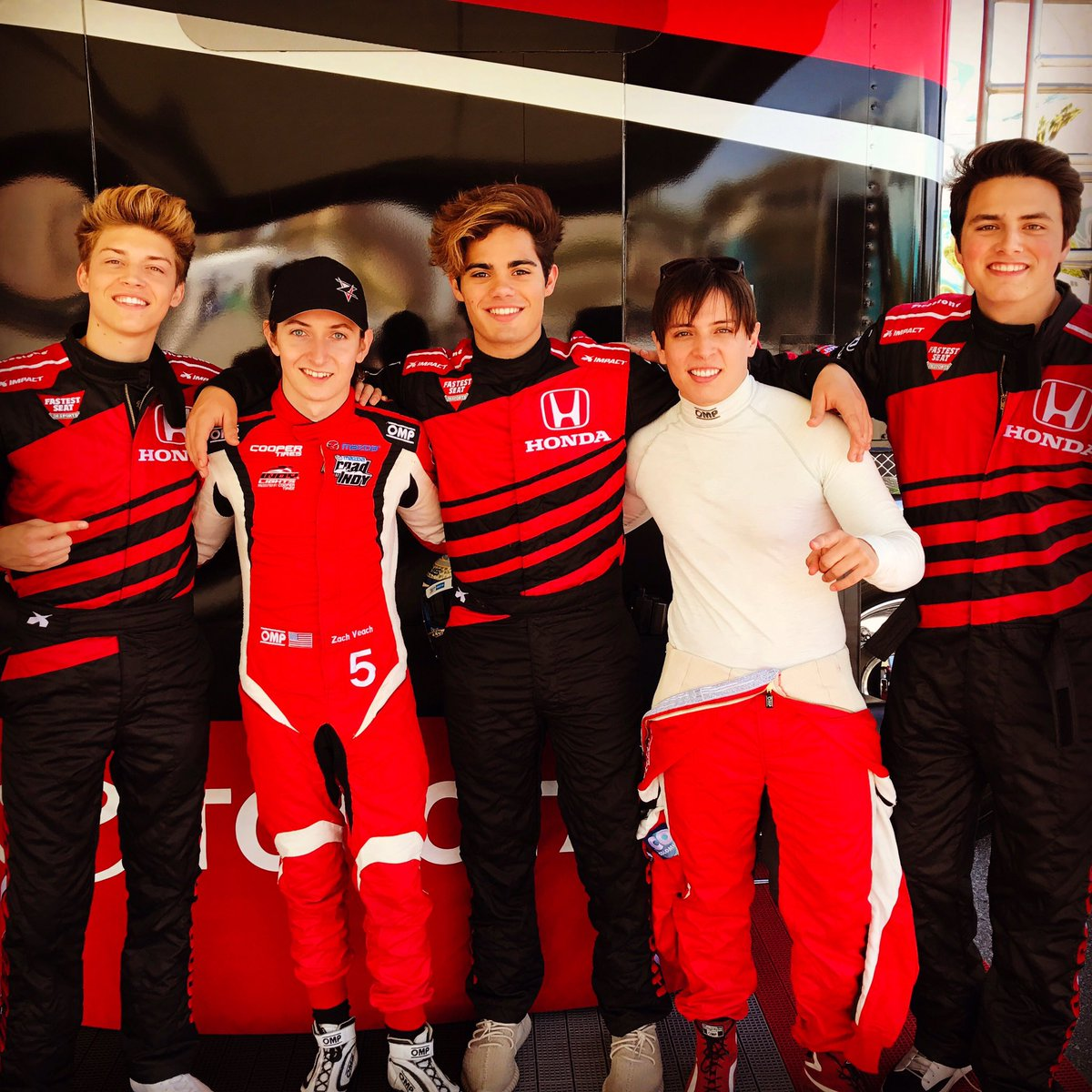 Fun meeting @RealRickyGarcia @LiamAttridge and @EmeryTKelly today at @ToyotaGPLB. @OfficialFIYM https://t.co/3xtOoEtnYR