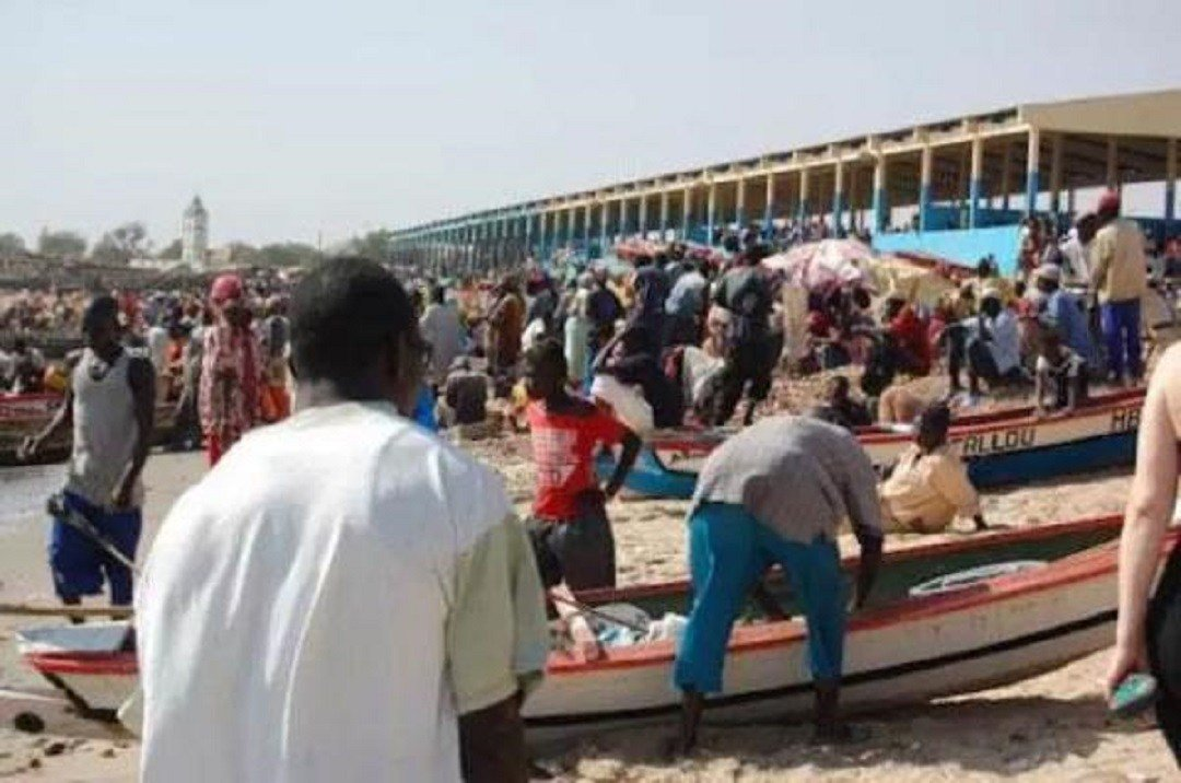 #Inauguration du #Quai de pêche de #Potou, #Jeudi -  http:// actugm.com/?p=14505  &nbsp;   sur  http:// actugm.com  &nbsp;   #Peche<br>http://pic.twitter.com/7MLbxs2cUd