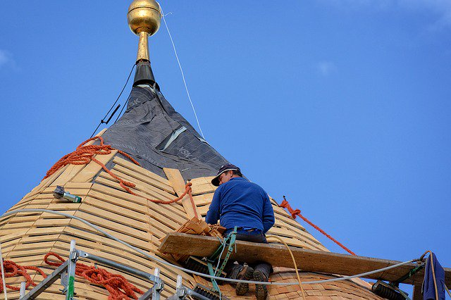 The time to repair the #roof, when the sun is shining~#JohnFKennedy   http:// local-roof.com  &nbsp;    #roofingcontractor #roofing #roofreplacement<br>http://pic.twitter.com/Wjvgl1azkr