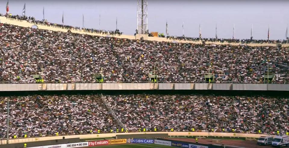 Irã x China hoje Capacidade do estádio: 78 mil Público estimado: 100 m...