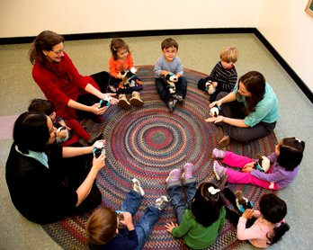 Singing in Early Childhood to Create Musical Thinkers  http:// ow.ly/i94230aixF2  &nbsp;   #musiced #earlychildhoodeducation<br>http://pic.twitter.com/MMQR7FpcvA