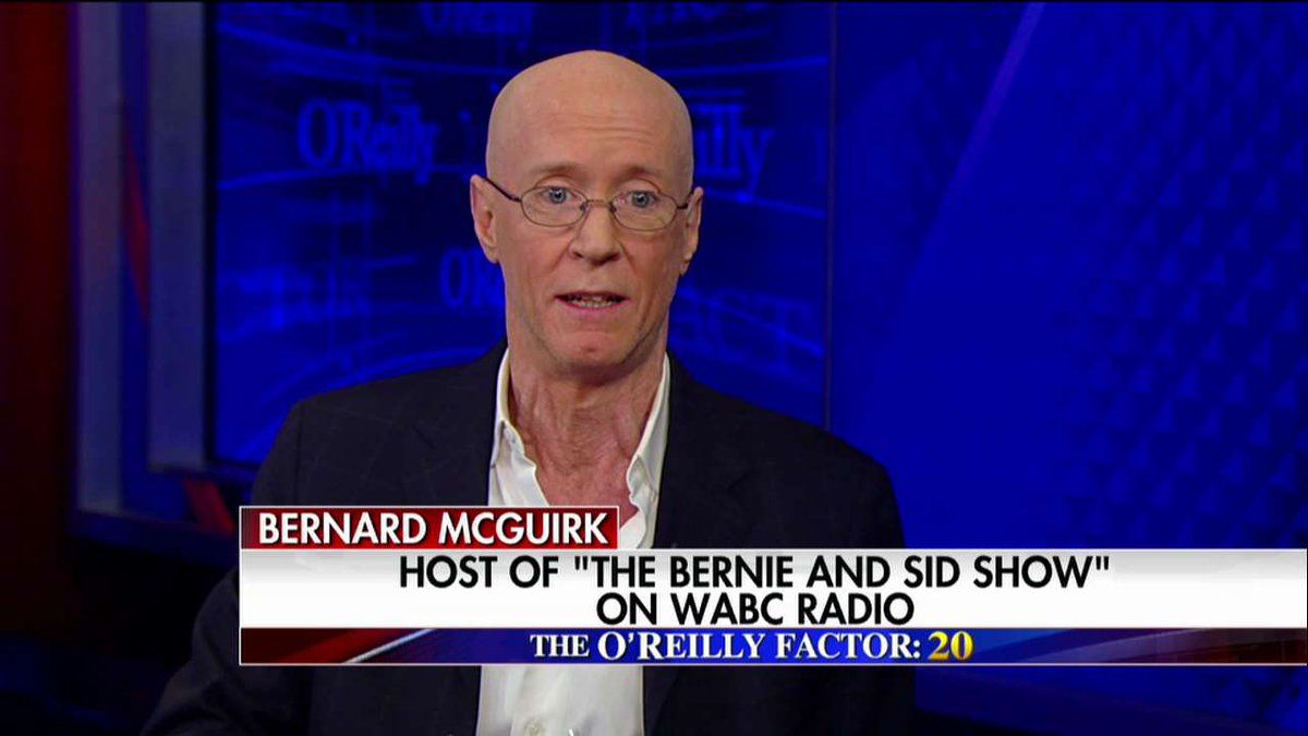 "Bernard McGuirk on HOA complaints about pro-police flag: ""I would have told the people that complained...'Call the cops.'"" #oreillyfactor <br>http://pic.twitter.com/Ozf7YVQtFK"