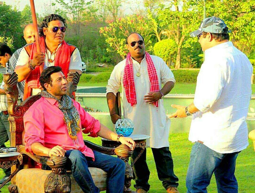 Bhaiyyaji Superhitt (2018),