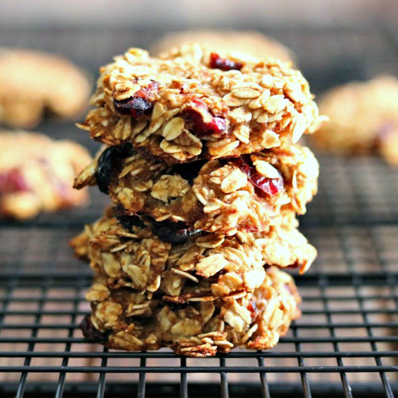 This #healthyeats #cranberry #oatmeal cookie #recipe means #cookies for #breakfast! #woohoo!!  http:// bit.ly/2iotTMv  &nbsp;   #glutenfree #video<br>http://pic.twitter.com/XyDjSLZcja