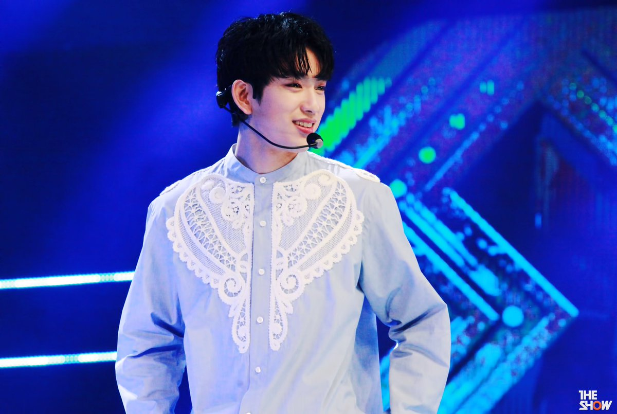 [PIC] 170327 #GOT7 #Jinyoung @ SBS The Show #NeverEver