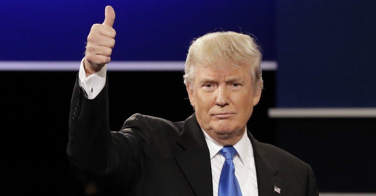 #winning #MAGA #TheSkyIsntFalling #LiberalMediaBias  CONSUMER CONFIDENCE hits 16 Year High   Thank you @POTUS   http://www. reuters.com/article/us-usa -economy-idUSKBN16Z1MX &nbsp; … <br>http://pic.twitter.com/SM7U984Ici