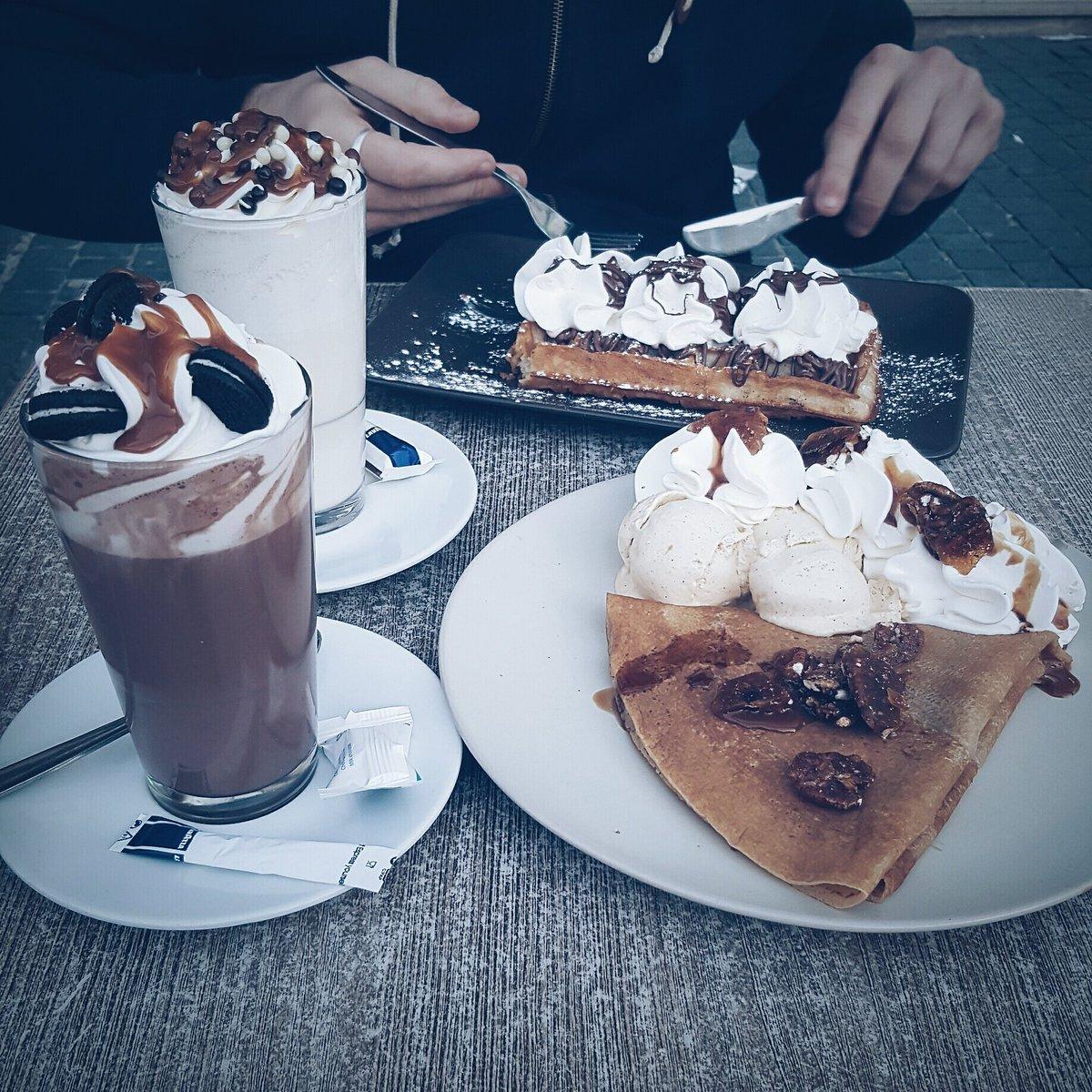 De ce temps là j&#39;aimerai revenir à ce samedi en terrasse avec mon Amour , et voilà 2 jrs de  et j&#39;y suis habituée  #food #love #boyfriend<br>http://pic.twitter.com/5HlGj6IYOk