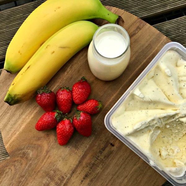 Chouette un milk shake aux fraises! #DiversitéLégumes https://t.co/jaznGrDQA7 https://t.co/Je6sNEg7Ue