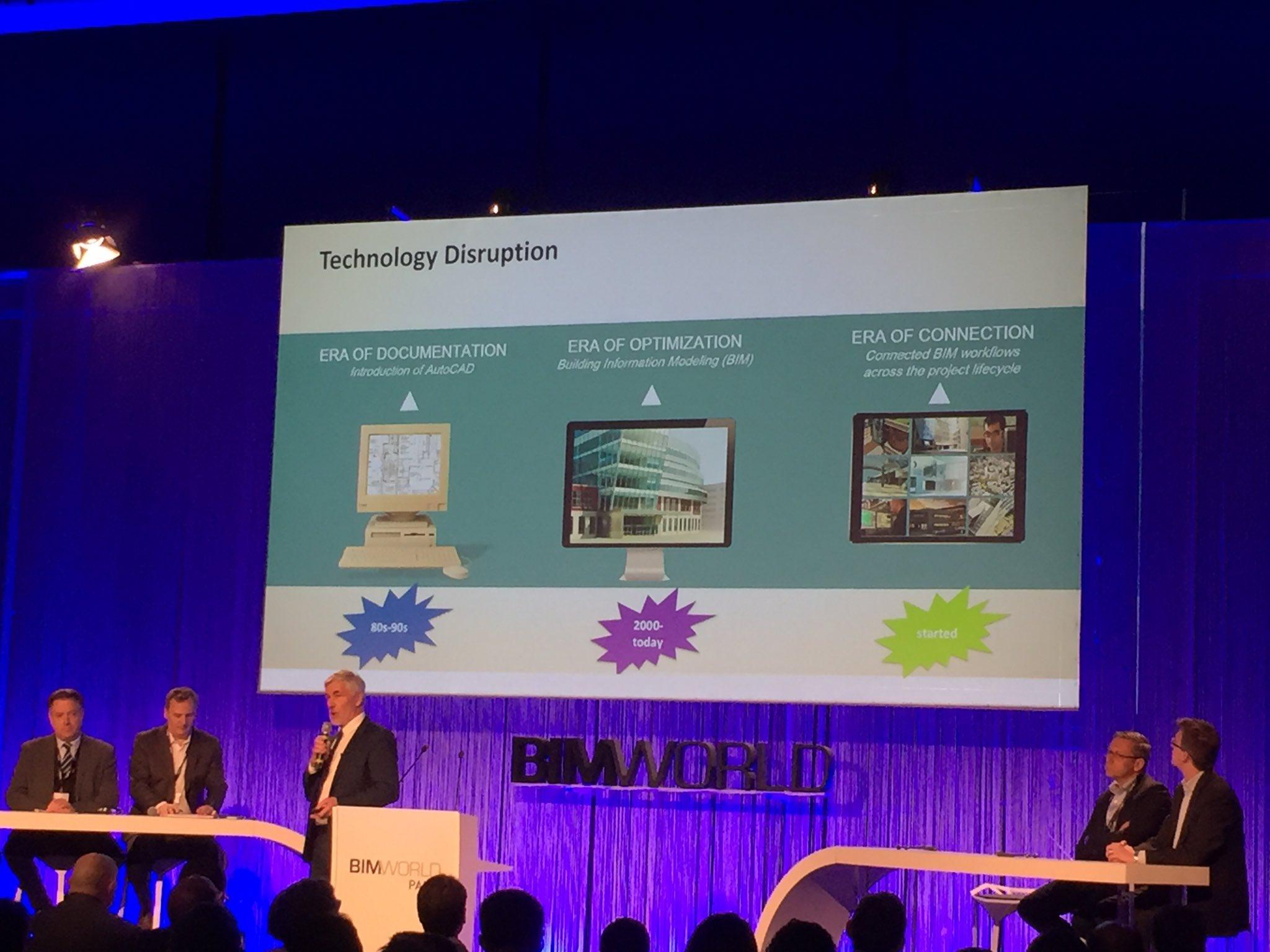 """""""L'ère de la connexion, c'est maintenant"""" Uwe Wasserman #BIMworld #autodesk #BIM https://t.co/YtvhtC45Lz"""
