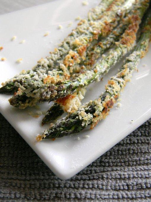 Asparagus Fries with Herbed Lemon Yogurt Sauce