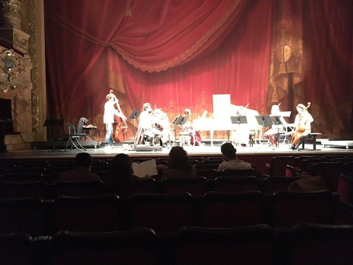 #lesombres accueillent les élèves de la classe de clavecin d&#39;#AlainCahagne #CRRmontpellier @mtp_metropole @OONMLR #concerto #bach<br>http://pic.twitter.com/Sawoz004So