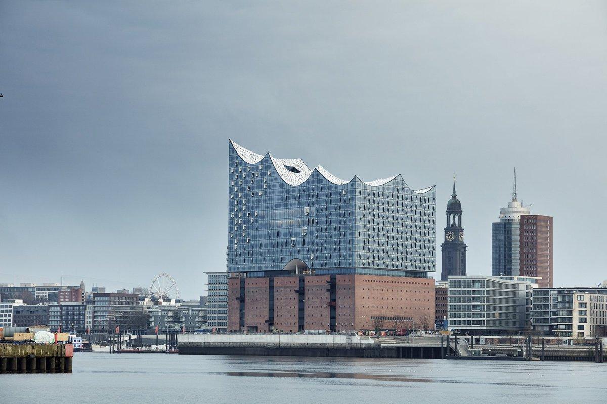 Why Herzog & de Meuron's Hamburg Elbphilharmonie Is Worth Its $900...