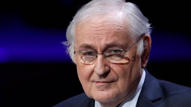 (OuestFrance.fr) #Presidentielle. #Jacques Cheminade plaide pour la sortie de l'euro :..  https://www. titrespresse.com/31557781612/pr esidentielle-jacques-cheminade-plaide-sortie  … pic.twitter.com/jdnkEnXYXT