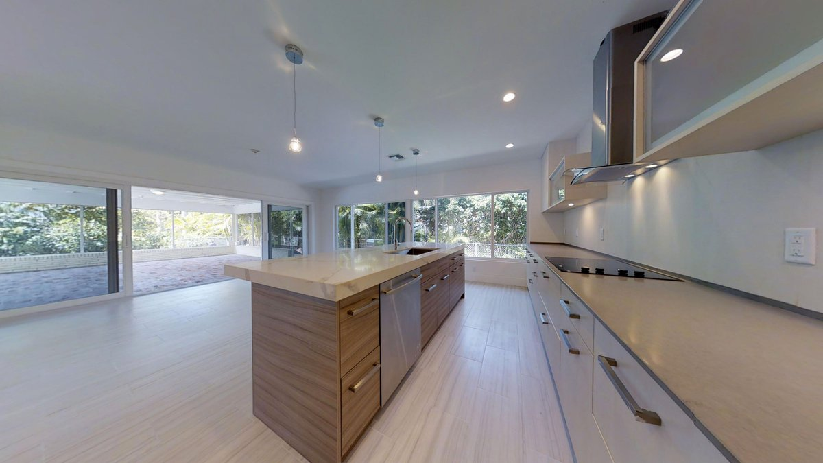 Stop in &amp; say hi to Lynn at our Open House today @ 1601 Coral Ridge Dr. It&#39;s a jaw-dropping renovation, come see it! #FortLauderdale <br>http://pic.twitter.com/0sc531SwNA