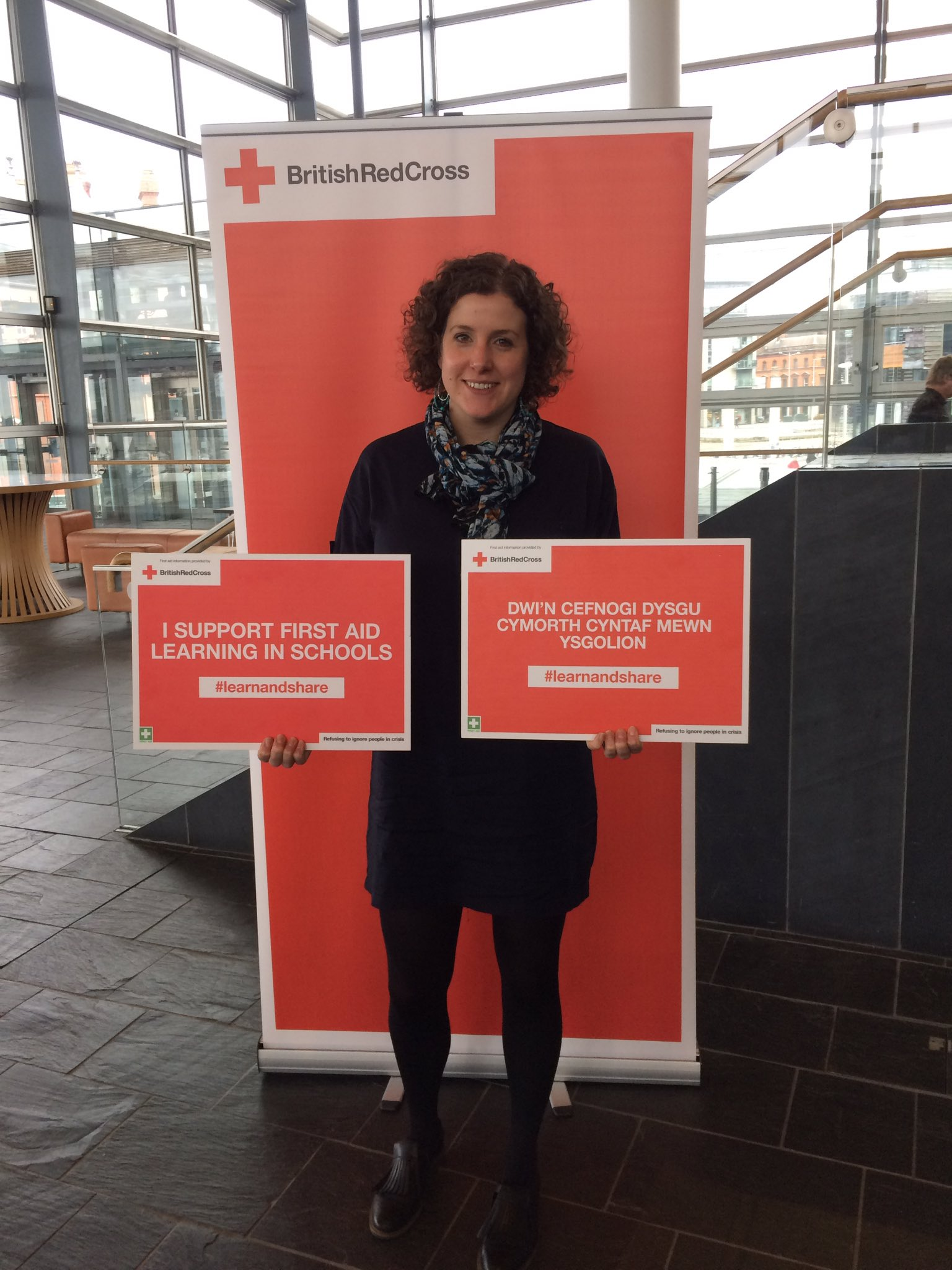 Thanks for supporting our first aid training for all campaign at the Senedd today @cerysfurlong #LearnAndShare https://t.co/KE6xfkzHiM