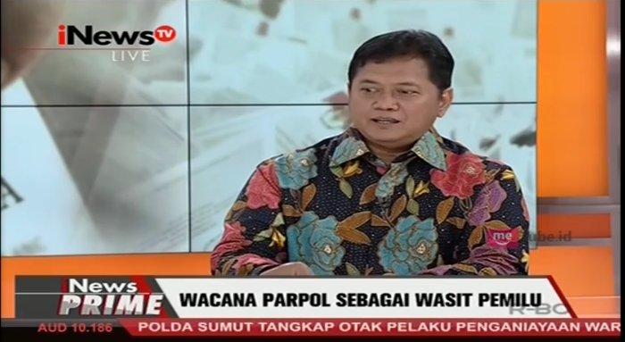 .@vivayogamauladi: KPU sebagai penyelenggara pemilu dan mitra DPR. #iN...