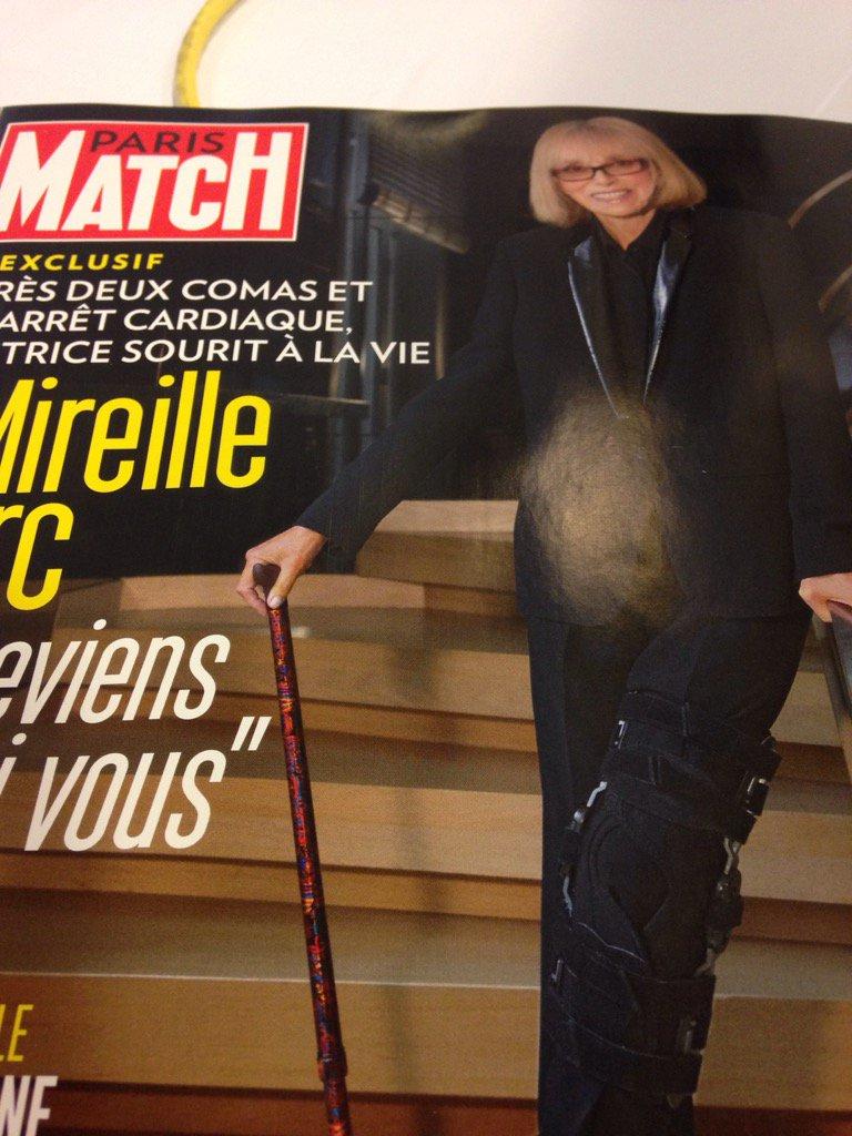 Encore Brigitte Macron! Ah non sorry... #parismatch <br>http://pic.twitter.com/lVcSNFaqOX