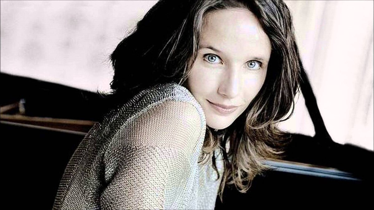 Hélène #GRIMAUD plays #MOZART, &quot;ADAGIO&quot; CONCERTO N°23, K 488 #music #classical #piano #art #iloveart @HeleneGrimaud  https://www. youtube.com/watch?v=j8e0fB lvEMQ &nbsp; … <br>http://pic.twitter.com/rqF9HnOibF