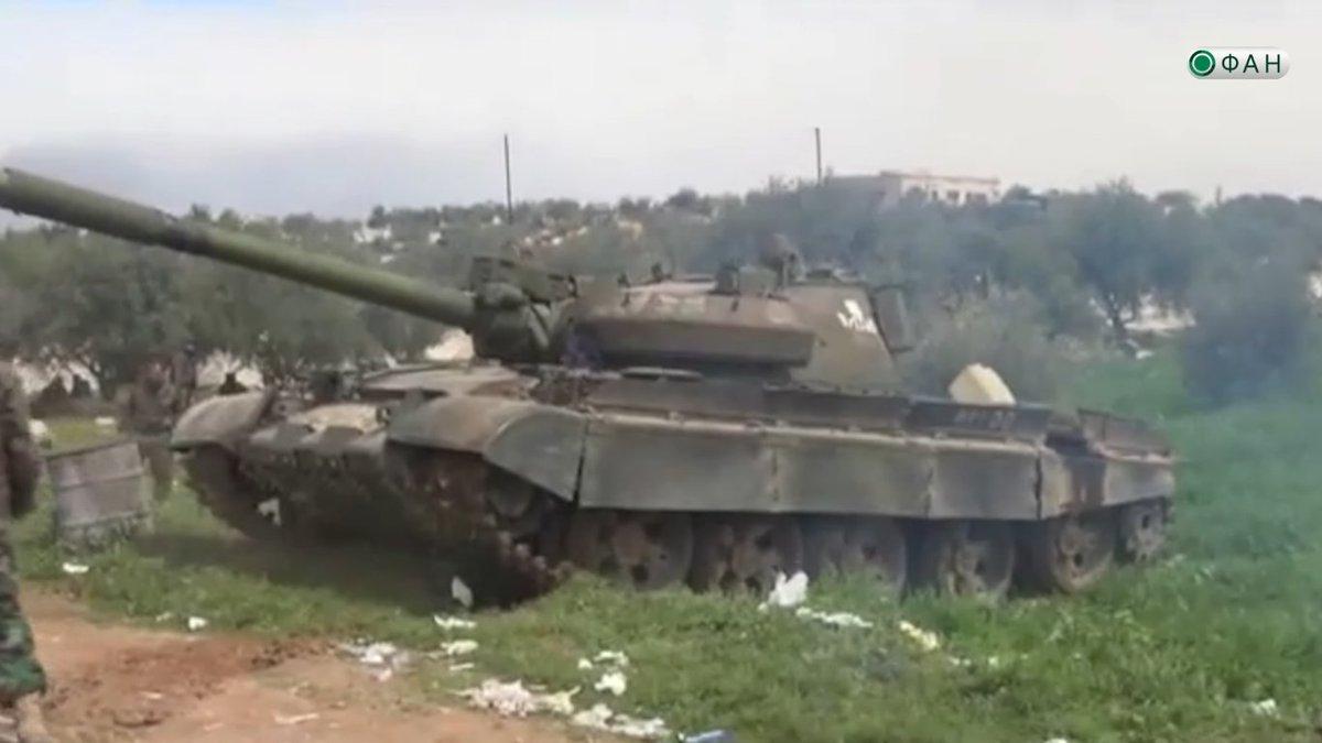 الجيش العربي السوري يتسلم دفعة من دبابات T-62M ومركبات مشاة قتالية BMP-1 - صفحة 2 C8Fko0MW0AAquVz