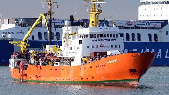 Naufrage d&#39;un canot: 146 migrants disparus  http:// dlvr.it/Nlc4qb  &nbsp;   #Monde <br>http://pic.twitter.com/cSksyGs1SI