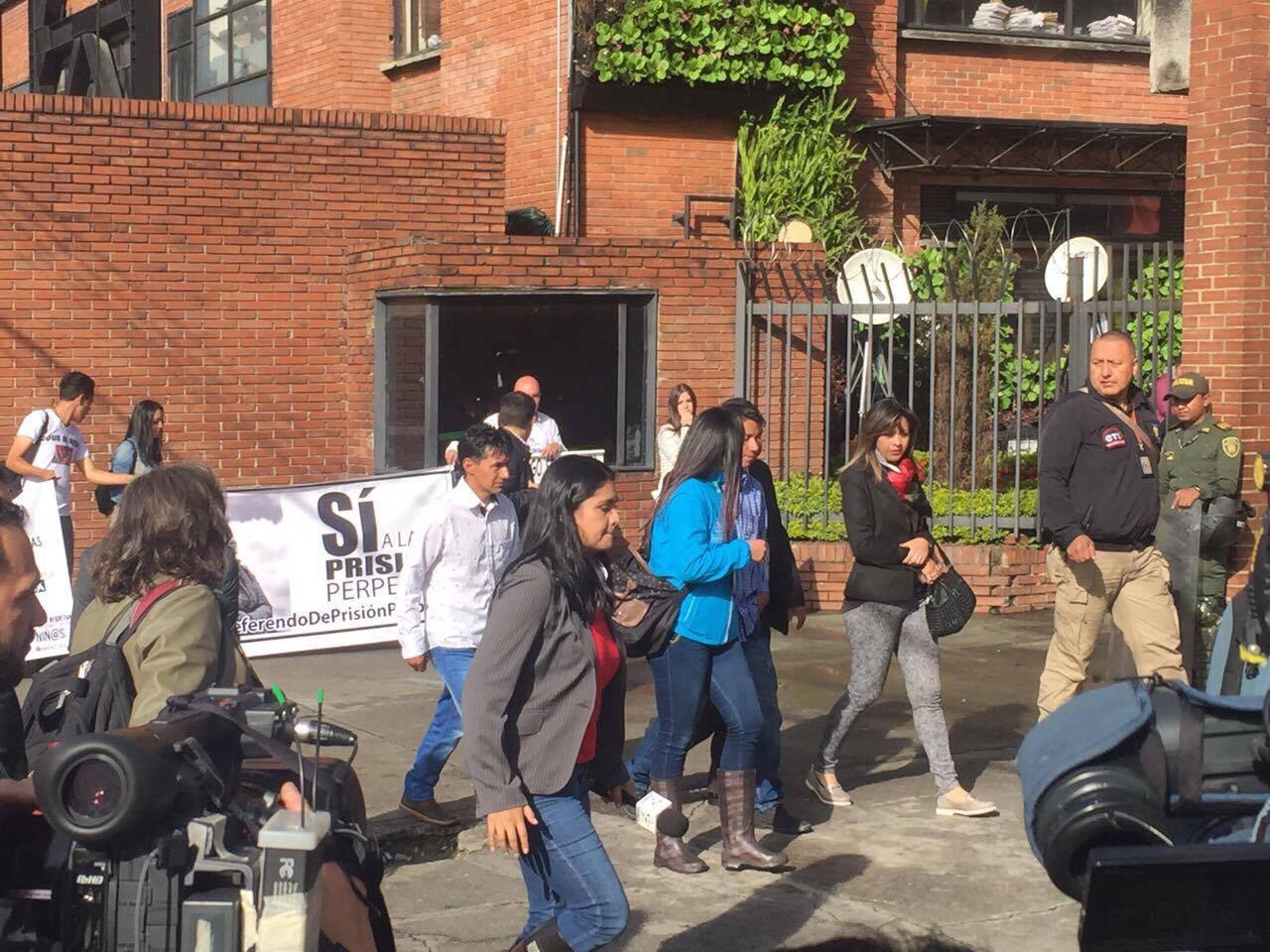 En paloquemao y redes sociales piden condena ejemplar por for Juzgados de paloquemao