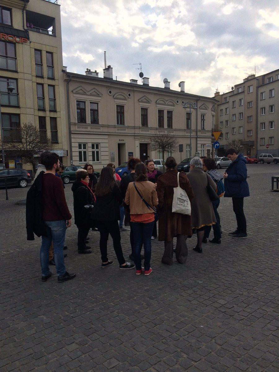 #seminaire du réseau des lieux de Memoire de la #Shoah en France. #Pologne #cracovie #auschwitz<br>http://pic.twitter.com/LOzksl2Zp1