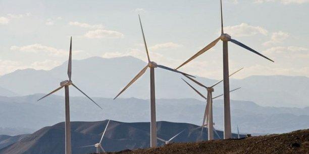 Transition énergétique : une nouvelle dépendance aux métaux #climat  http://www. latribune.fr/entreprises-fi nance/industrie/energie-environnement/transition-energetique-une-nouvelle-dependance-aux-metaux-672198.html &nbsp; … <br>http://pic.twitter.com/i9MuJFdp9K