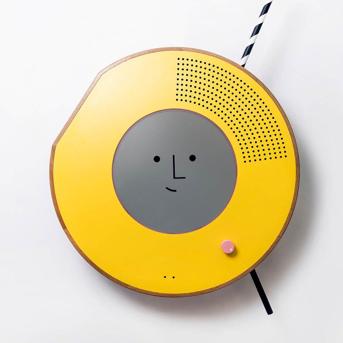 #Solo : la #radio   avec reconnaissance faciale qui adapte la musique   à votre #humeur   par @MichaGUERIN    http:// j.mp/2o6SmYN  &nbsp;  <br>http://pic.twitter.com/C7OrmQa2Hk