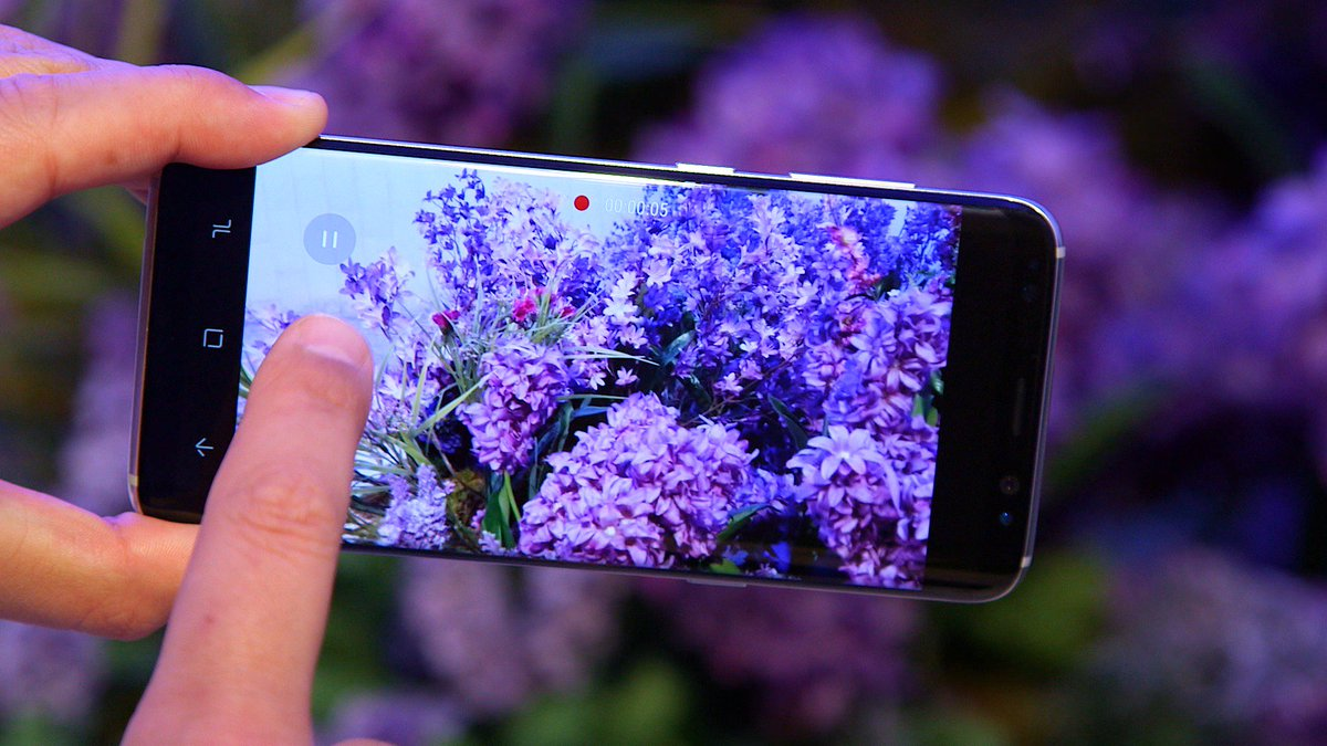 Here's everything you need to know about the Samsung #GalaxyS8 https:/...