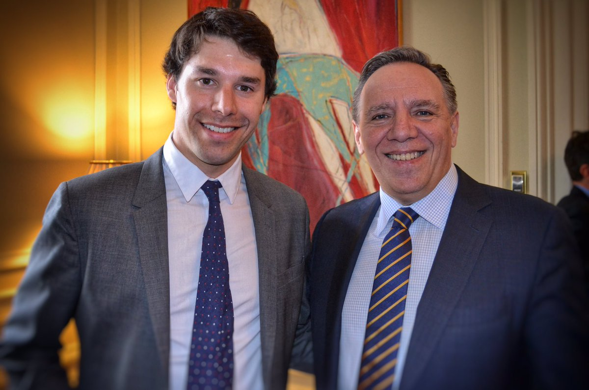 Merci @alex_harvey de faire rayonner le Québec. Merci de tirer tout le Québec vers le haut! @francoislegault #CAQ #polqc #assnat<br>http://pic.twitter.com/LtEenKF1iq