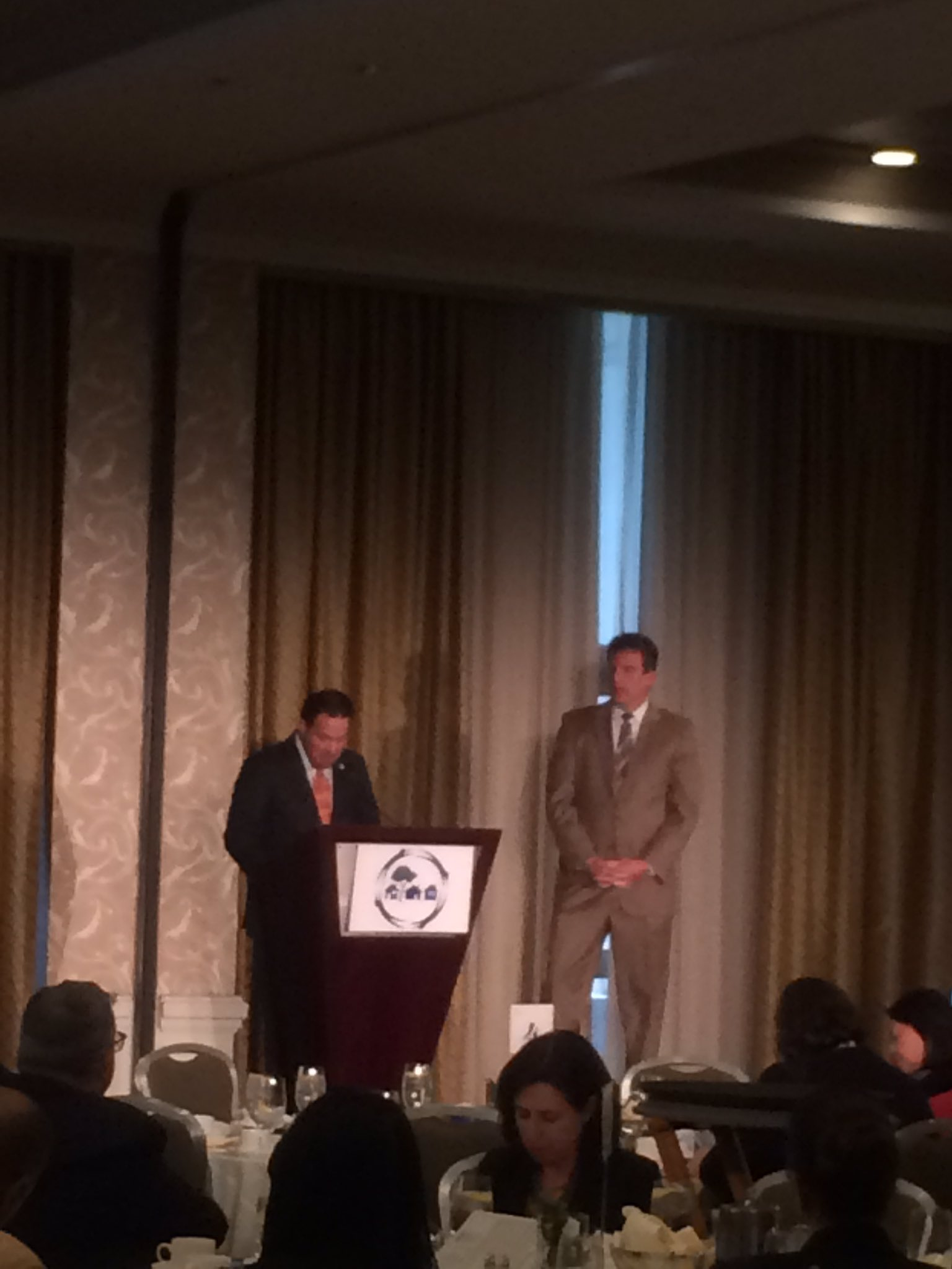 Thanks Bob Rivers of @easternbank & @JayAshEOHED for presenting this award to Tom Ambrosino & the city of Chelsea @ChelseaGov_MA #SCImpact https://t.co/JSErWRV6tl