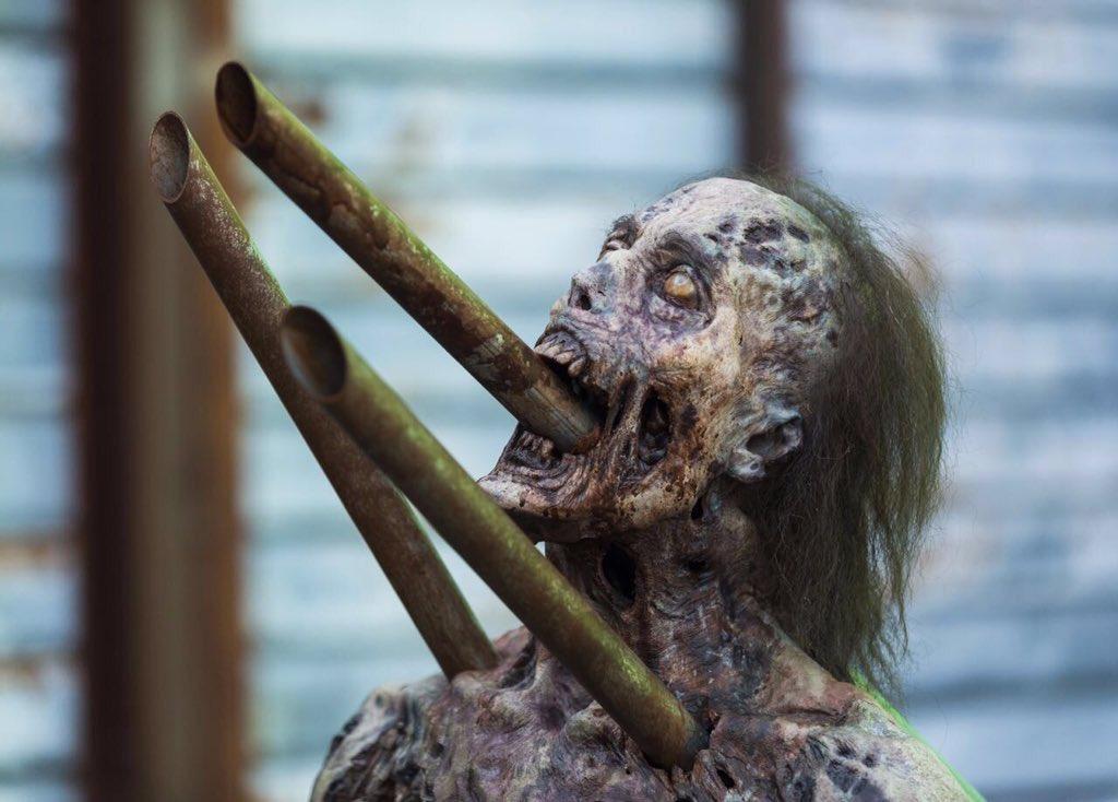 The Walking Dead Temporada 7: Noticias,Fotos y Spoilers. - Página 16 C8Gh_T5W0AAQ60b