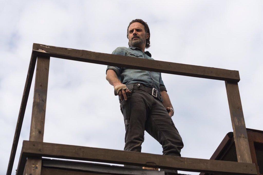 The Walking Dead Temporada 7: Noticias,Fotos y Spoilers. - Página 16 C8Gh_UNWkAA5CMK