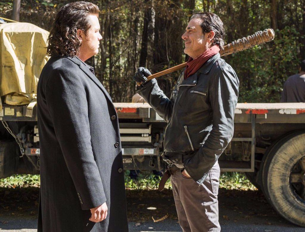 The Walking Dead Temporada 7: Noticias,Fotos y Spoilers. - Página 16 C8Gh_UdX0AEkebt