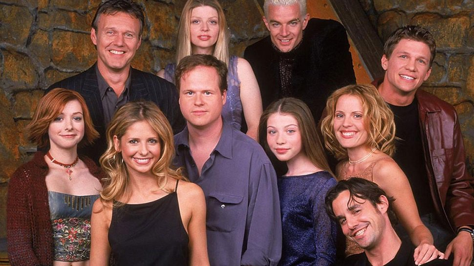 Our hearts were not ready for the #BuffyReunion as #BuffySlays20: http...