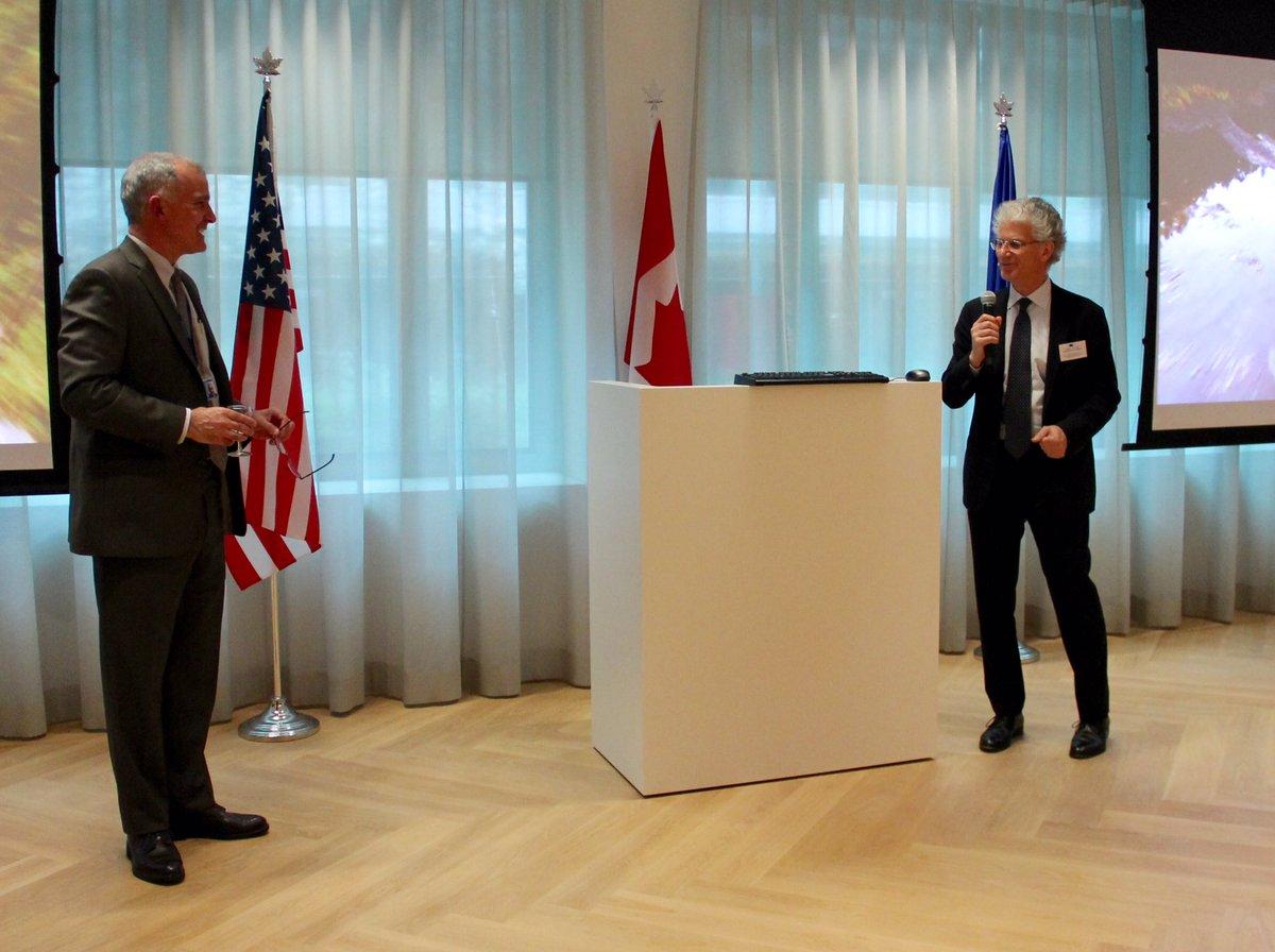 Amb Costello: L&#39;UE et les États Unis sont des partenaires importants pour le Canada dans l&#39;#Arctique. #CdaUEST #H2020<br>http://pic.twitter.com/kWU7TYvSY3