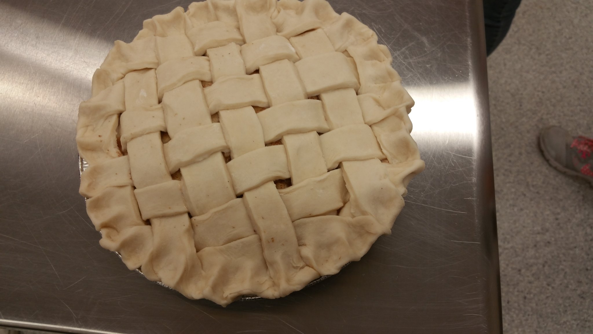 What a beautiful pie....Foods 10... Apple Pie Lab.....💗💗💗 my job and my students @oneilltitans @RCSD_No81 https://t.co/3QSL1R0fEW