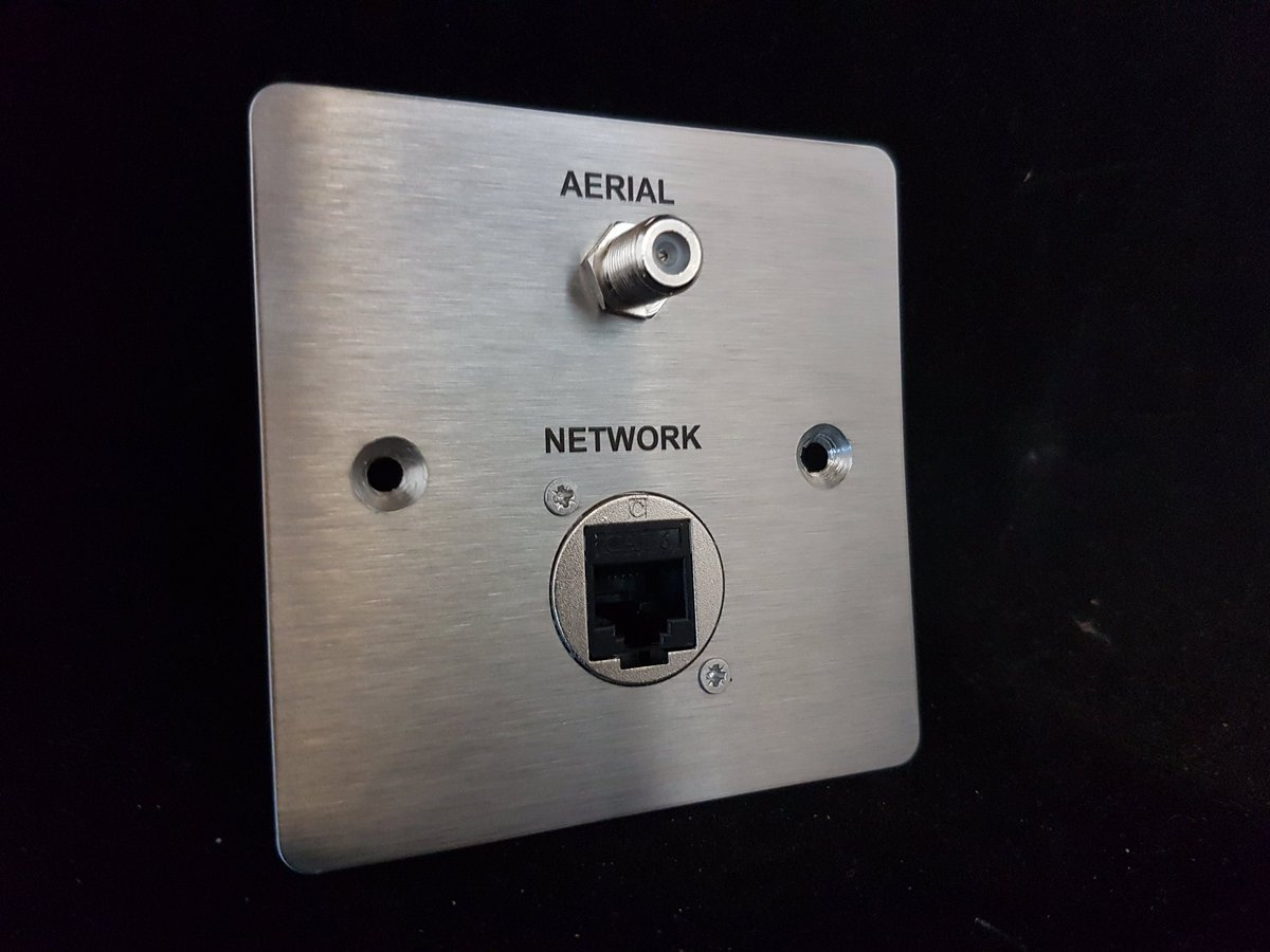 Evening #MidlandsHour #how has your #Wednesday been ? Here is one of todays #customavplates #stainlesssteel with #aerial #network<br>http://pic.twitter.com/fzPrWzSPFH