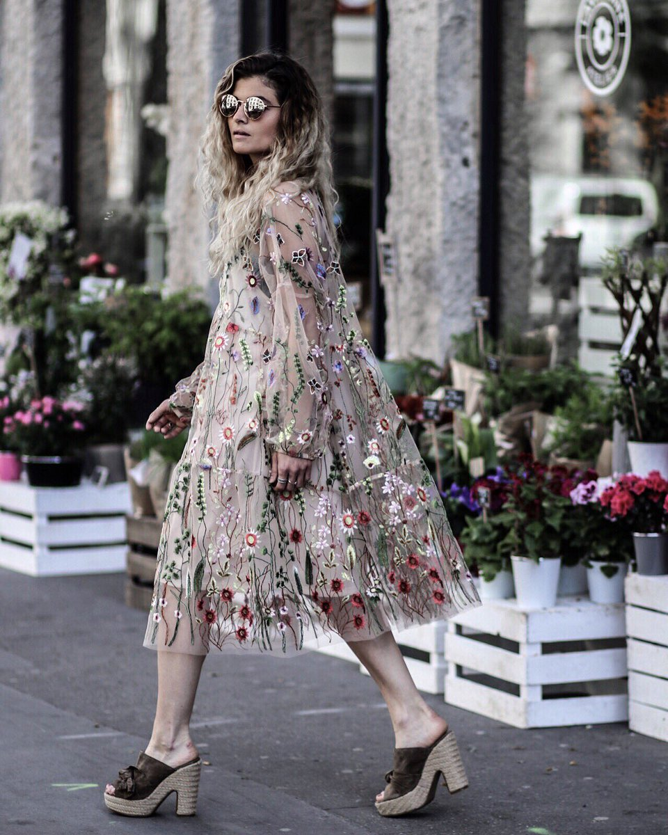 Spring co @hm @hmfrance ( dispo demain en boutique ) #blogger #spring<br>http://pic.twitter.com/4UoHxXwNVx