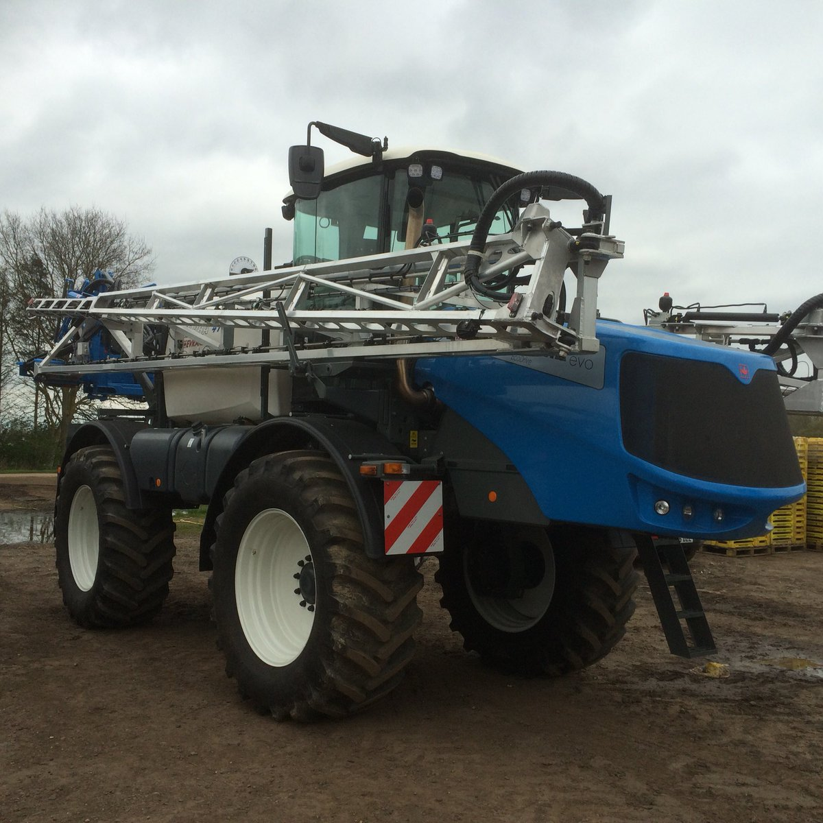 test Twitter Media - New @hardisprayers alpha eco delivered today in Evrard colours #twooffour https://t.co/1vOVrynDc3