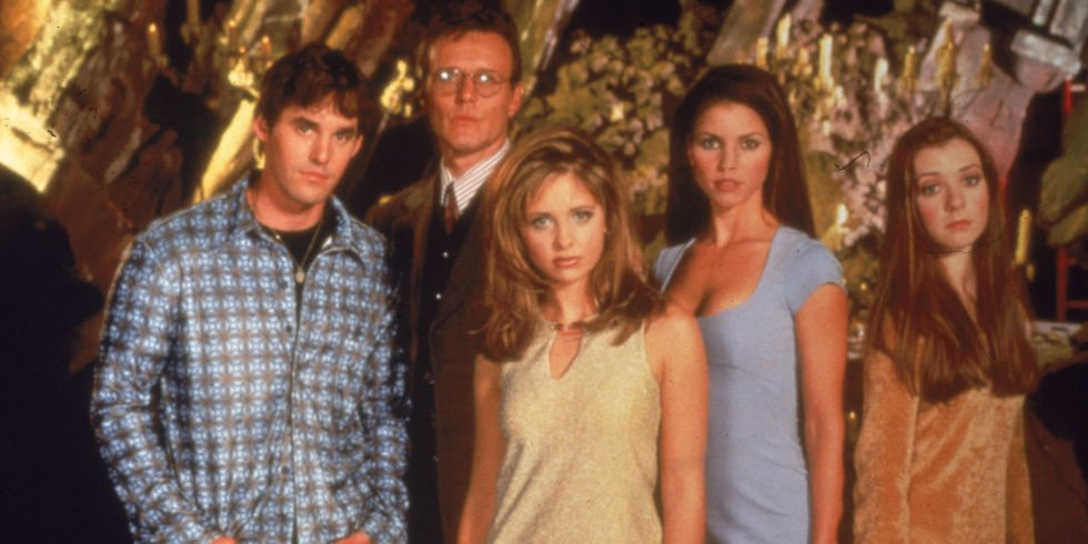 See the #BuffytheVampireSlayer cast reunite to mark the 20th anniversary: https://t.co/30uf7CKyEP https://t.co/lRSaVqQ0ge