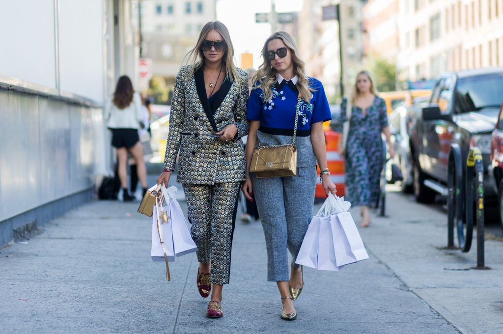 These are the 5 most *popular* brands millennials love to shop - are you surprised? https://t.co/0Bq5P86nfq https://t.co/FiNjop0Ryn