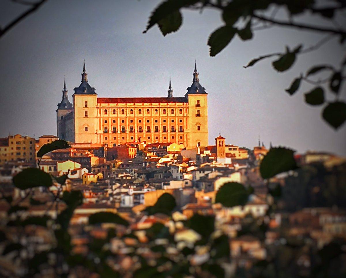 Así de bonito lucia #Toledo el día que grabamos #TopChef7 https://t.co...