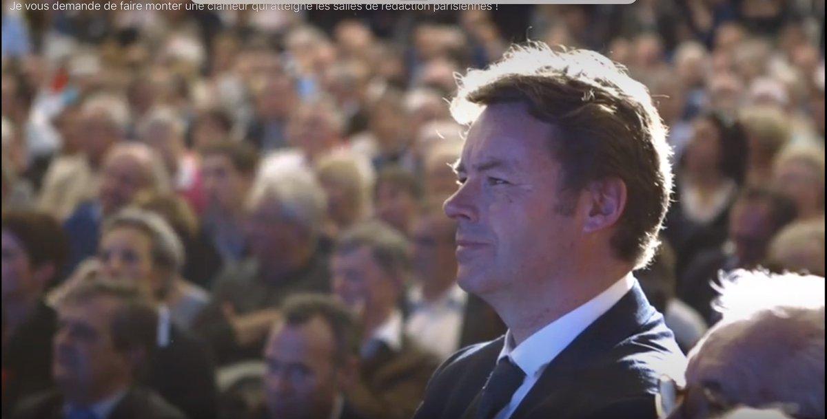 Le discours de #Nantes : un discours d&#39;une grande charge émotionnelle !  @Frenchdab @FrancoisFillon   https://www. facebook.com/FrancoisFillon /videos/10155195523182533/ &nbsp; … <br>http://pic.twitter.com/u6CA2QY9wm