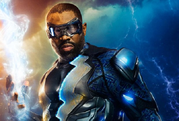 First Look: #BlackLightning Suits Up https://t.co/P4jXZD4zLR https://t...