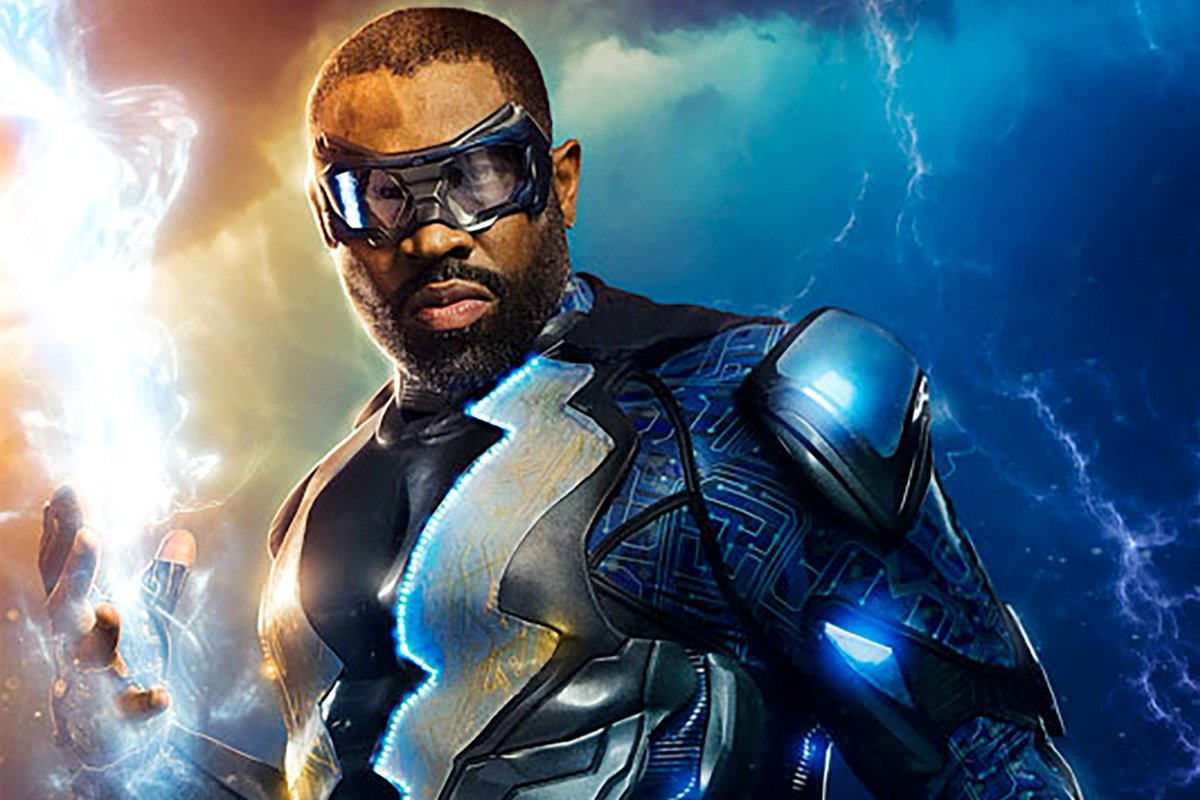 Here's a first look at Cress Williams in costume as #BlackLightning! h...
